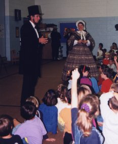 Max and Donna perform for school children